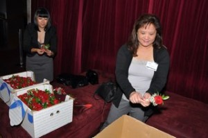 NICE-DSC_0005_RTOL-JENNIFER-QUONG-CHUNG_AND_UNKNOWN_ASK-CHRIS-UNKNOWN-WITH-FLOWERS-KarenZhou