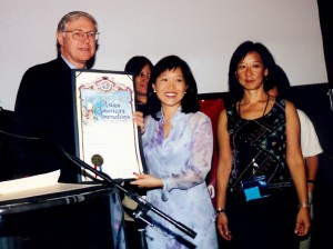 2001: L.A. County Supervisor Michael Antonovich presents 20th Anniversary Proclamation to AAJA-LA Board